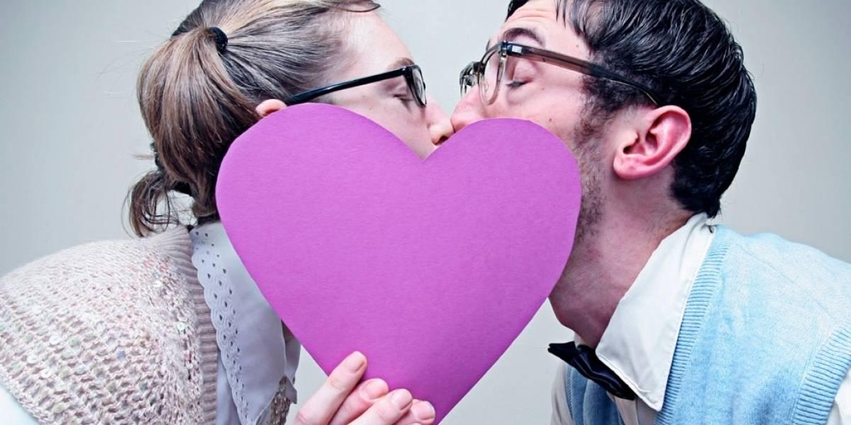 Estudio afirma que metadatos pueden ayudar a encontrar amor verdadero