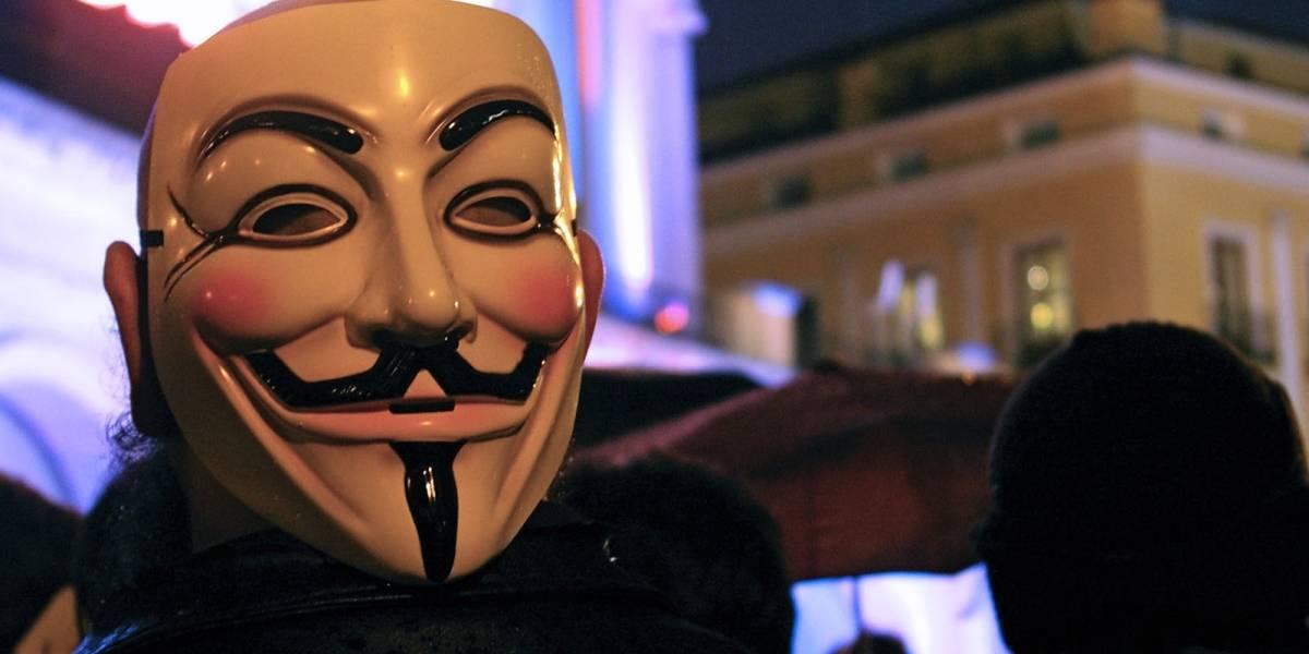 Cuánta rudeza: Anonymous hackeó buena parte de la Dark Web