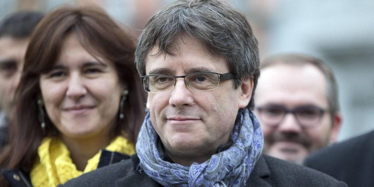 Expresidente catalán Carles Puigdemont llega a Dinamarca