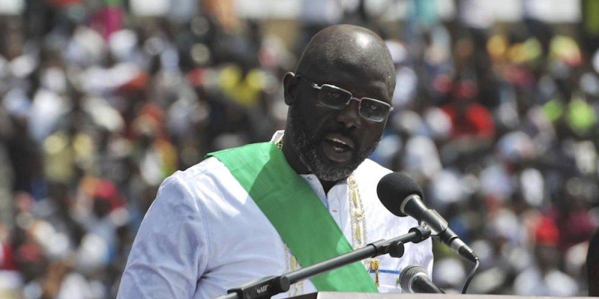 George Weah jura como nuevo presidente de Liberia