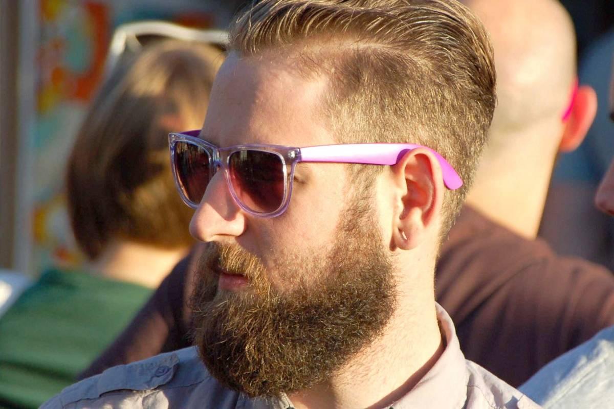 Las modas de barbas tiene relación directa con la economía y selección natural