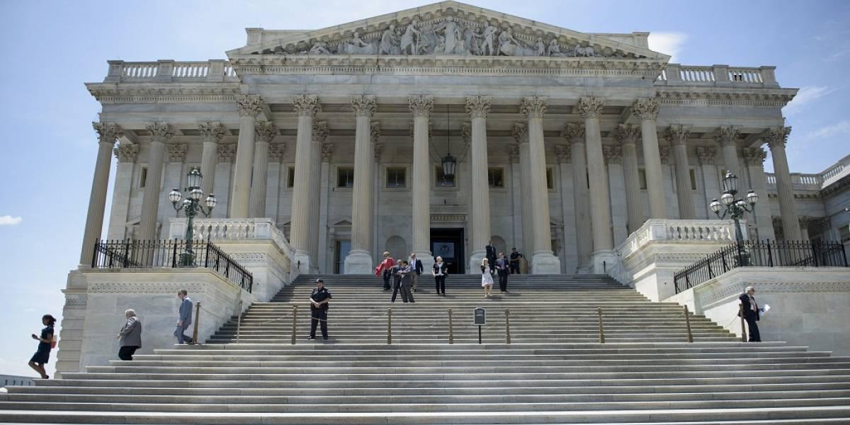 Congreso de los Estados Unidos prohíbe poner impuestos al acceso a Internet