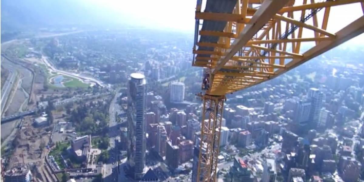 Video muestra panorámica de Santiago desde torre de Costanera Center