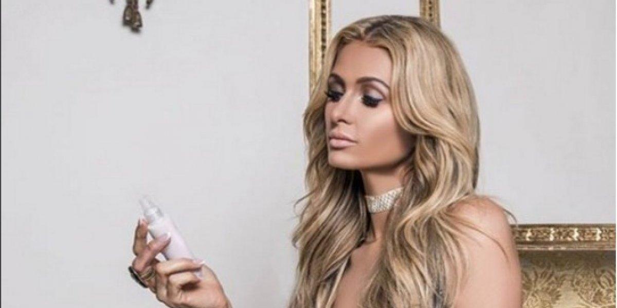 Paris Hilton se muestra semidesnuda