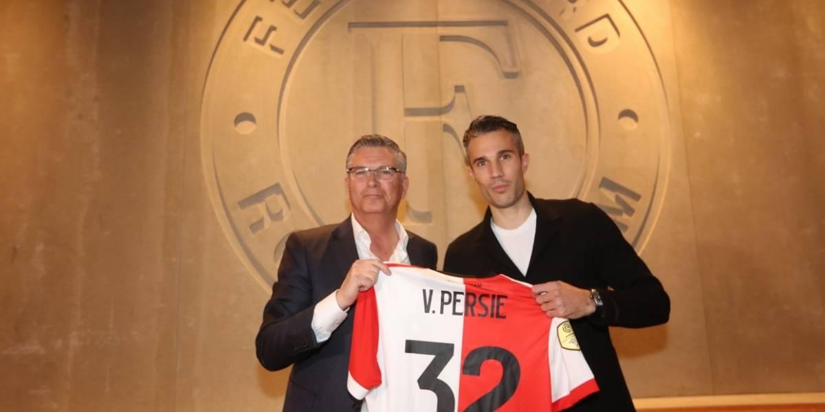Robin Van Persie vuelve al club que lo vio nacer después de catorce años