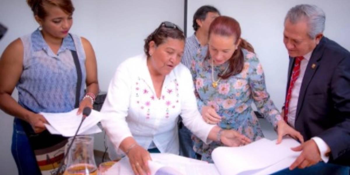 Ecuatorianos podrán por primera vez renovar su cédula en Chile