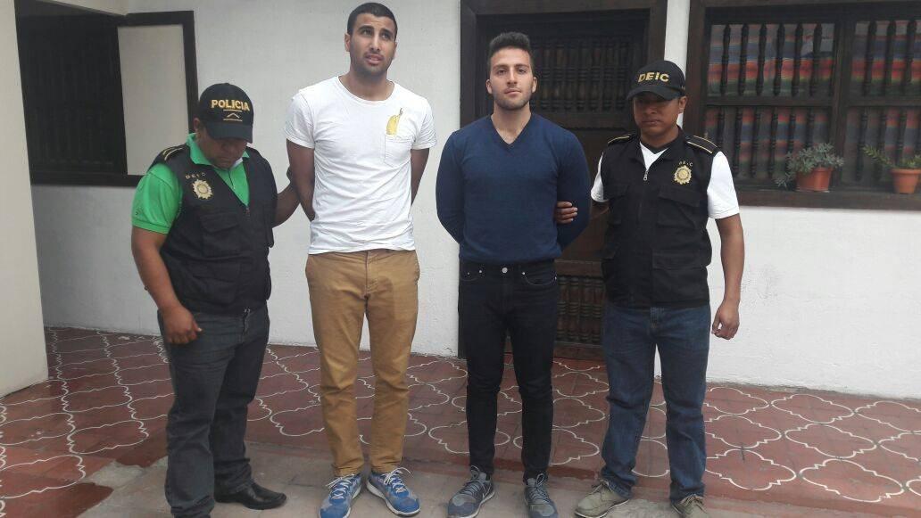 capturados por violación en Antigua Guatemala