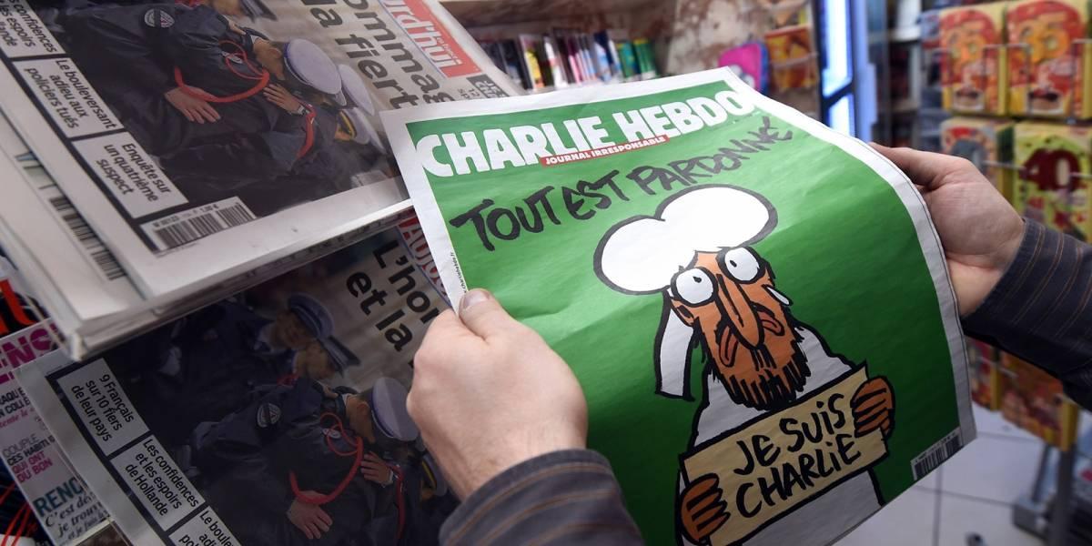 Largas colas para comprar Charlie Hebdo en Francia