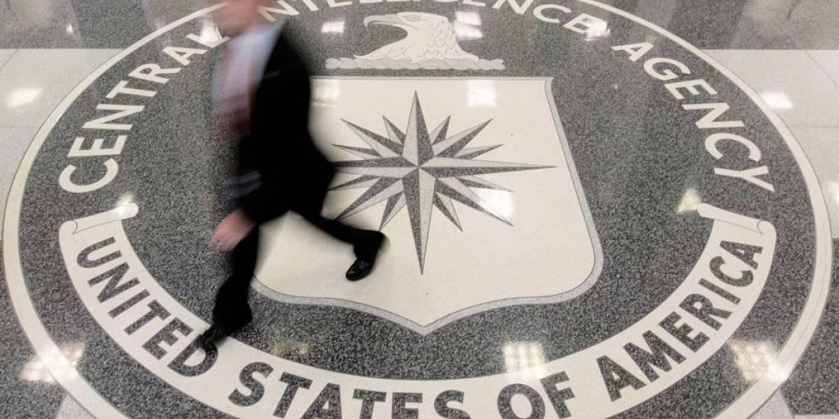 CIA desarrolla inteligencia artificial para rastrear tu actividad en redes sociales