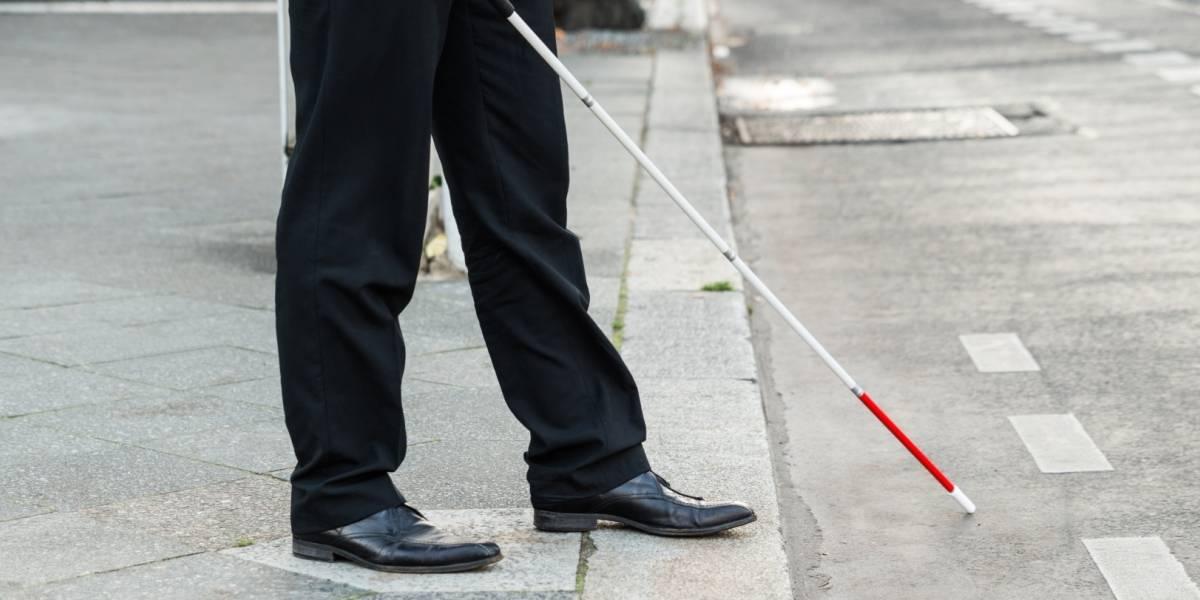"""Nuevo equipo permite """"ver"""" a las personas ciegas por medio del tacto"""