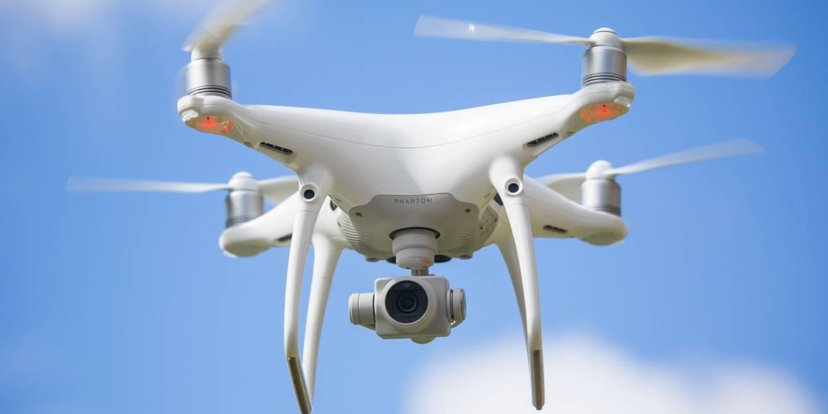 Dron choca con avión comercial en Canadá