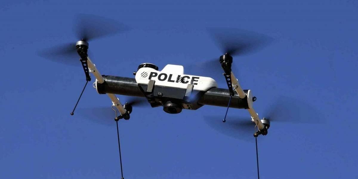 Policía de París quiere escuadrón de drones para detectar terroristas