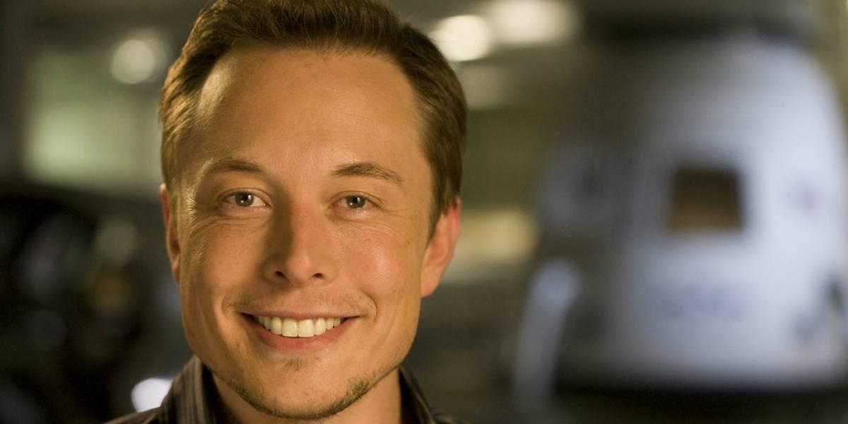 SpaceX hace historia al lograr aterrizar un cohete usado
