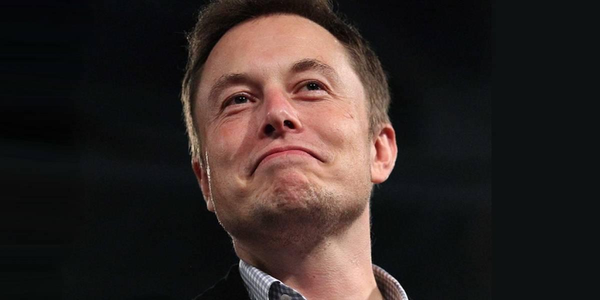 Elon Musk no descarta que ovnis hayan explotado su Falcon 9