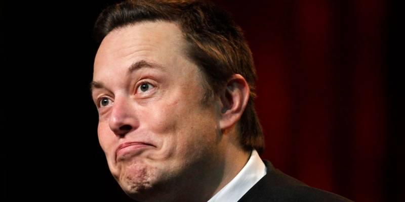 Elon Musk fastidia su propio evento Battery Day y baja las expectativas del Battery Day