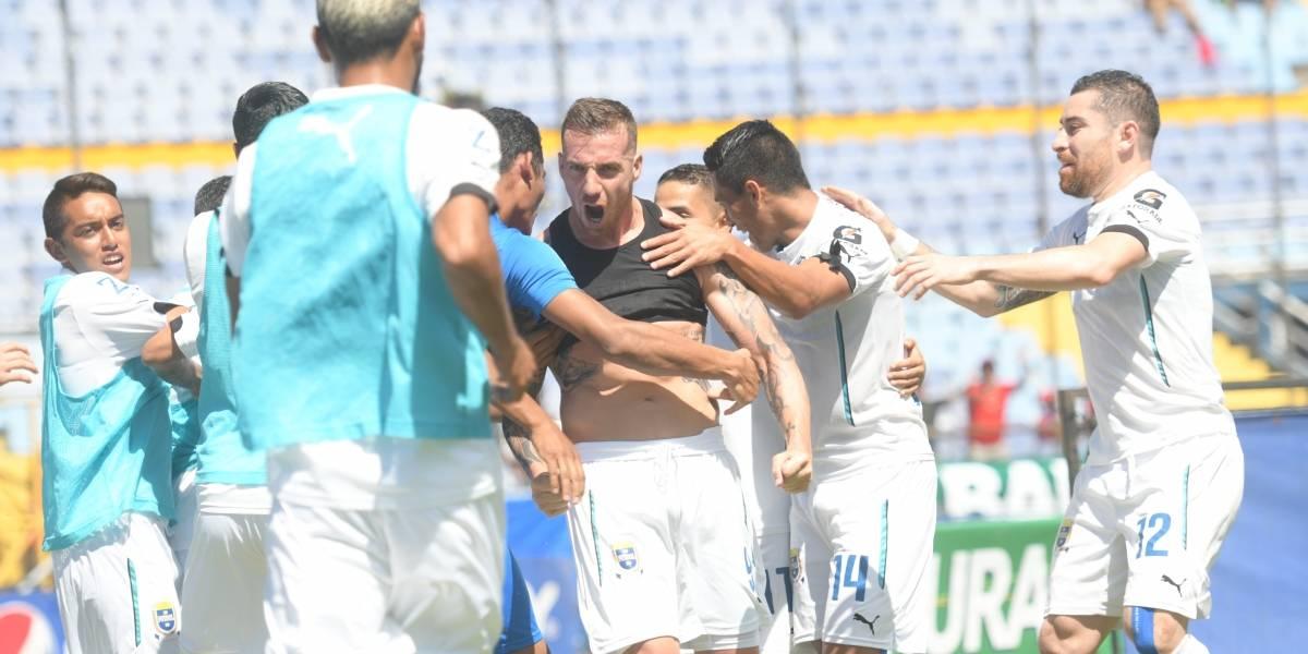 Emiliano López, al estilo de Messi y Ronaldo