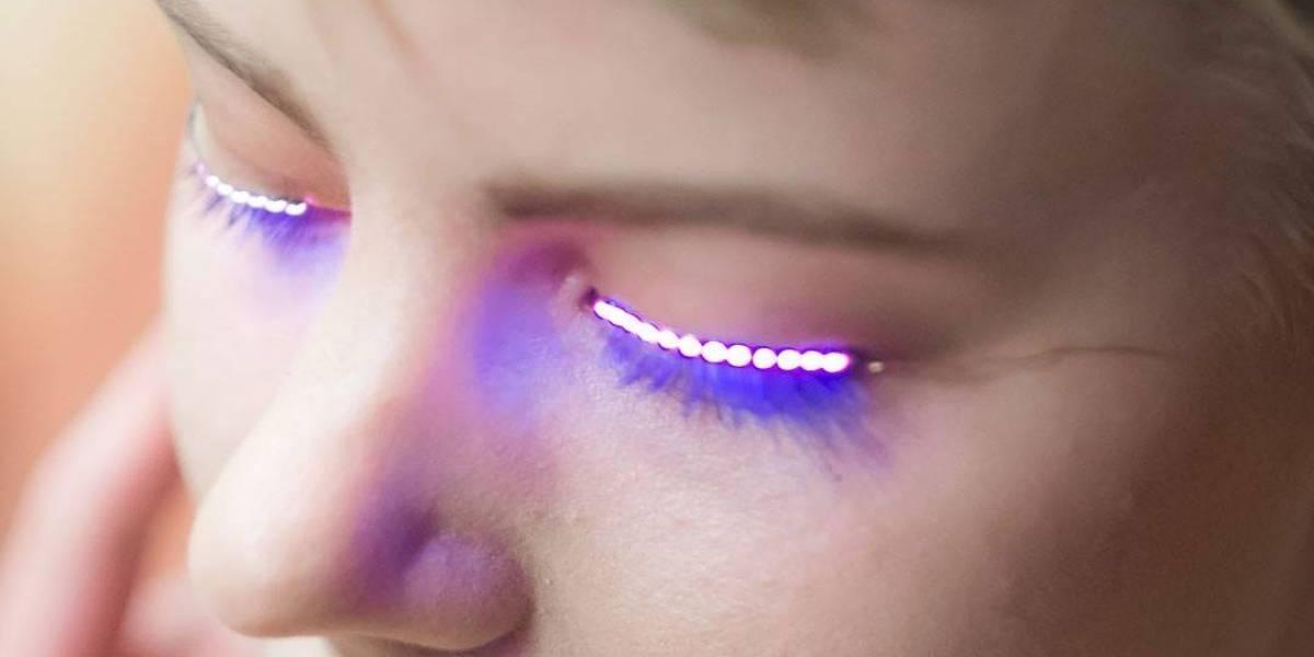 Cambia tu mirada con las F.Lashes, unas pequeñas pestañas LED