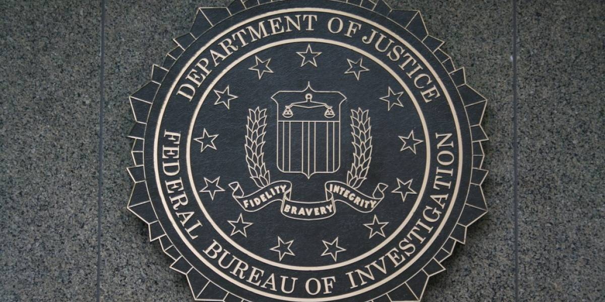 Justicia de EE.UU. obliga a Google a seguir entregando información de usuarios al FBI