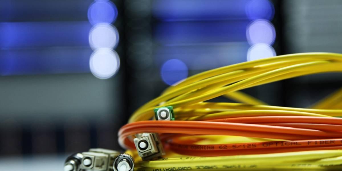 Telefónica realentiza su expansión de fibra óptica en España