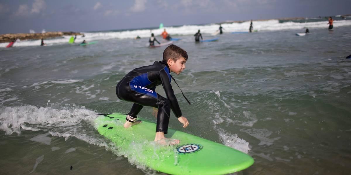 10 dicas essenciais para surfistas iniciantes