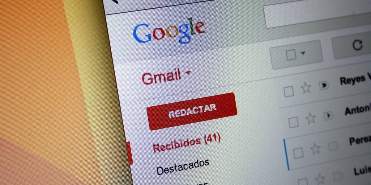 Google admite que escanea los correos electrónicos