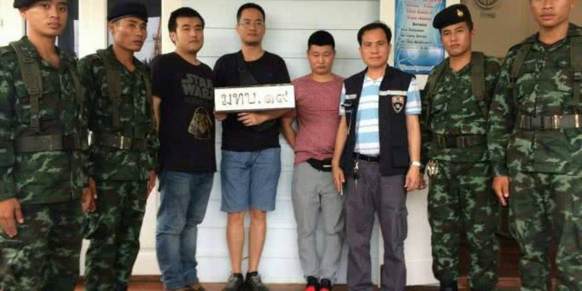Tres tailandeses operaban una granja de clics con más de 300 mil tarjetas SIM