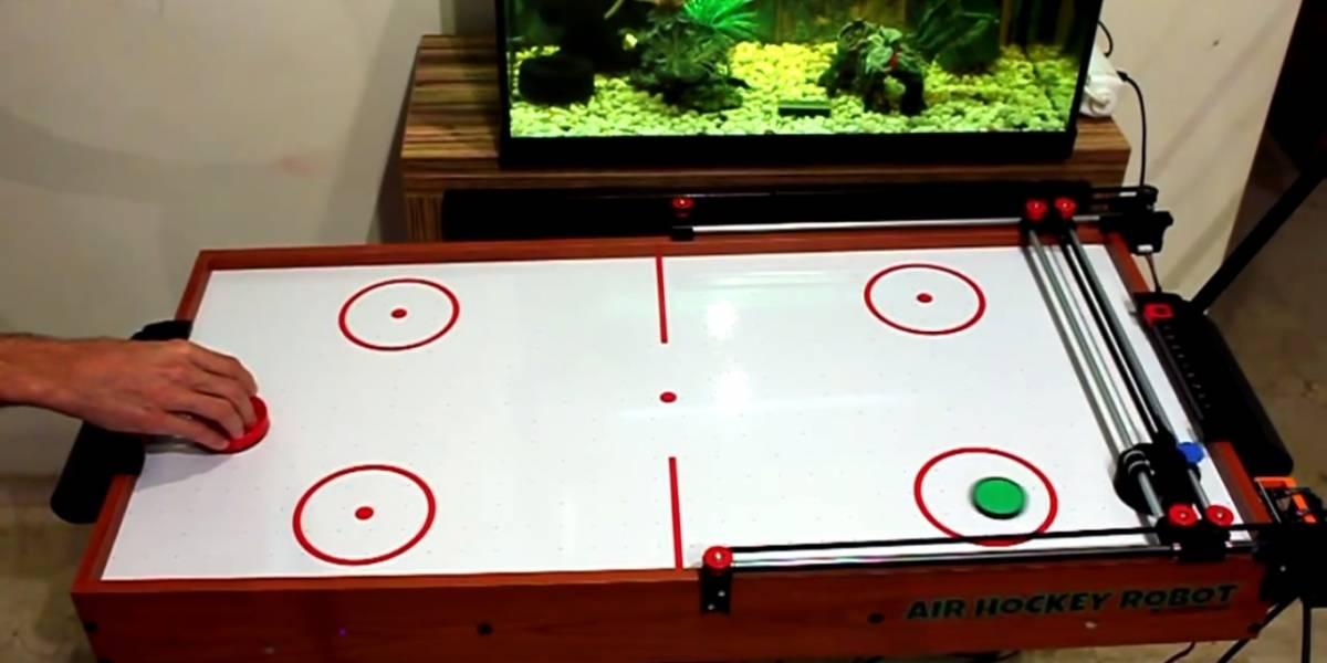 Crean robot capaz de vencer a humanos en hockey de aire