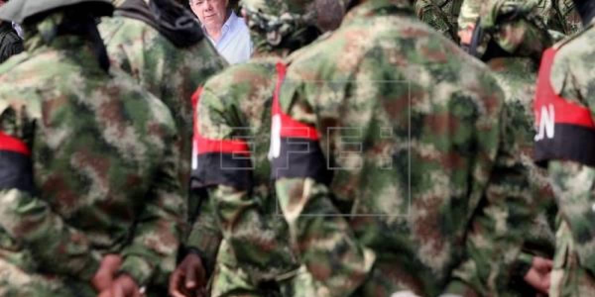 Ecuador pide al presidente Santos que vuelva al diálogo de paz con el ELN