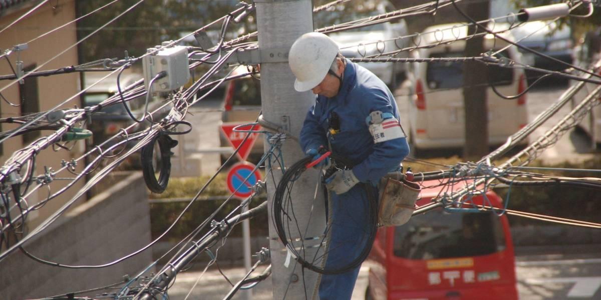 Movistar anuncia planes para aumentar alcance de fibra óptica en Chile