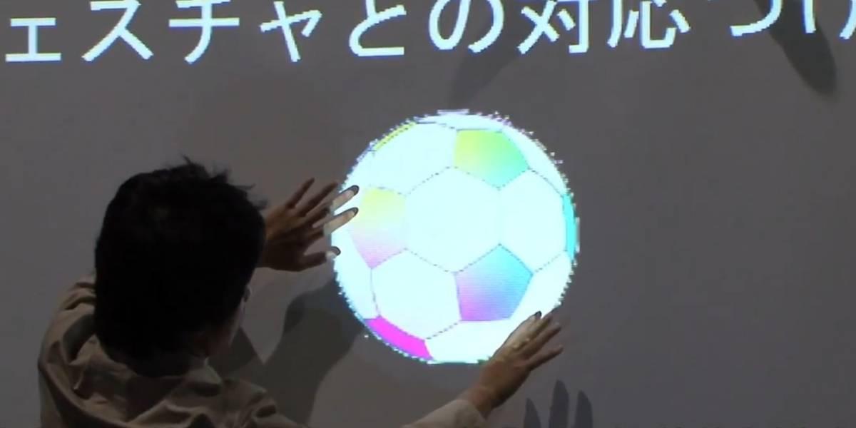 Estudiante japonés controla sus diapositivas con el cuerpo y un Kinect