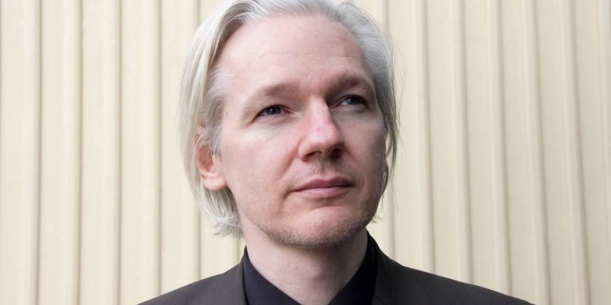 Candidato presidencial de Ecuador quiere sacar a Julian Assange de su embajada