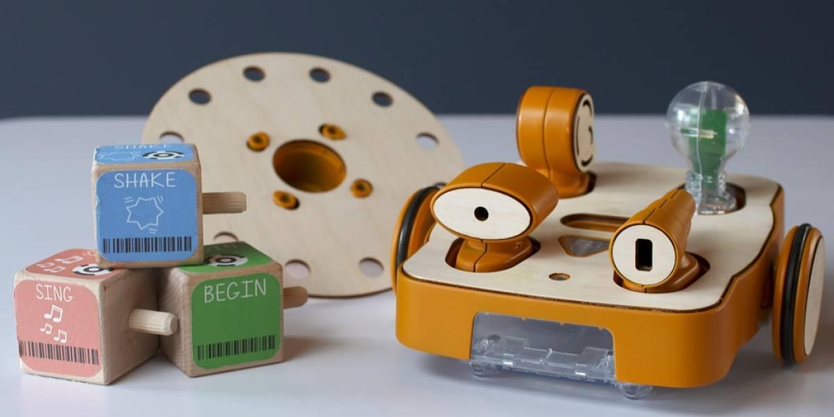 Kibo, el robot que enseña a niños a programar
