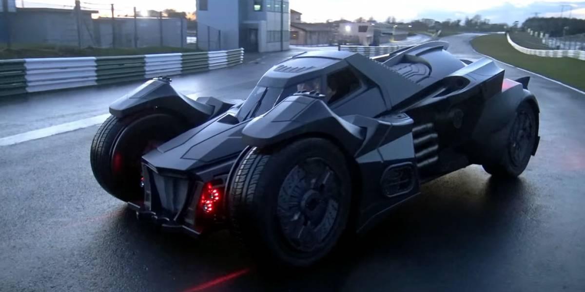 Alguien construyó este impresionante batimovil usando un Lamborghini