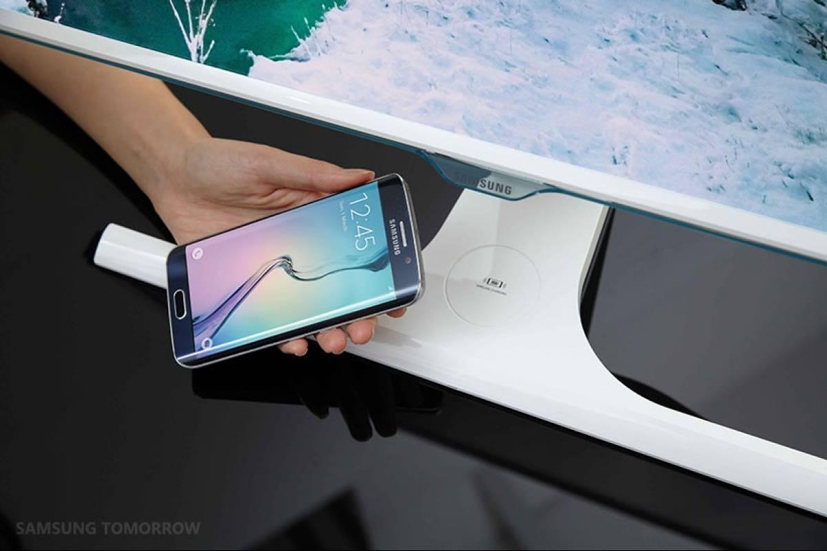 Samsung lanza monitor con cargador inalámbrico incluído
