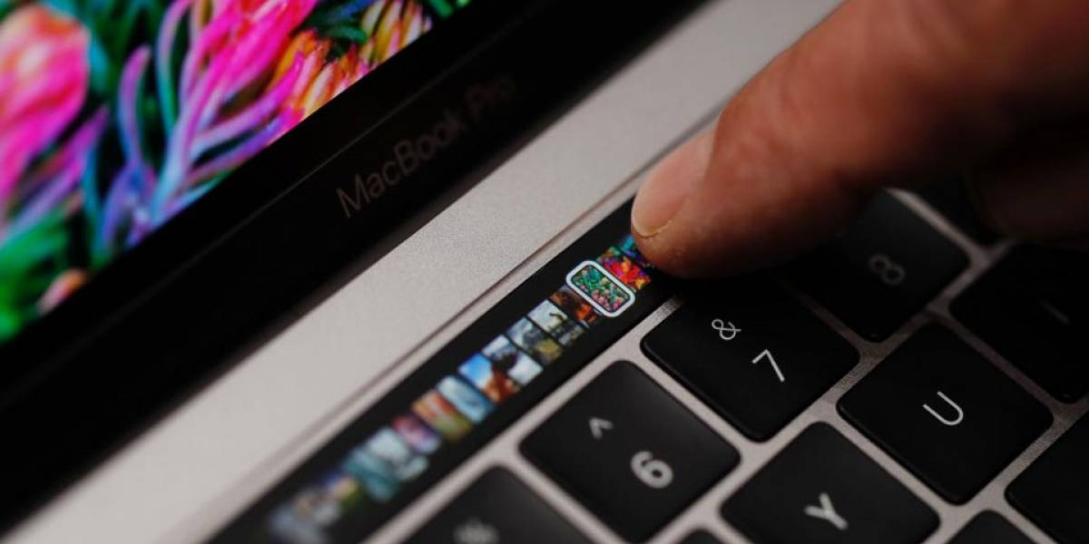 Usuarios de MacBook Pro con Touch Bar alegan problemas de batería
