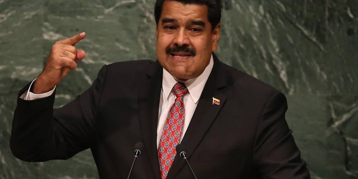 Nicolás Maduro sufre atentado con drones durante evento público