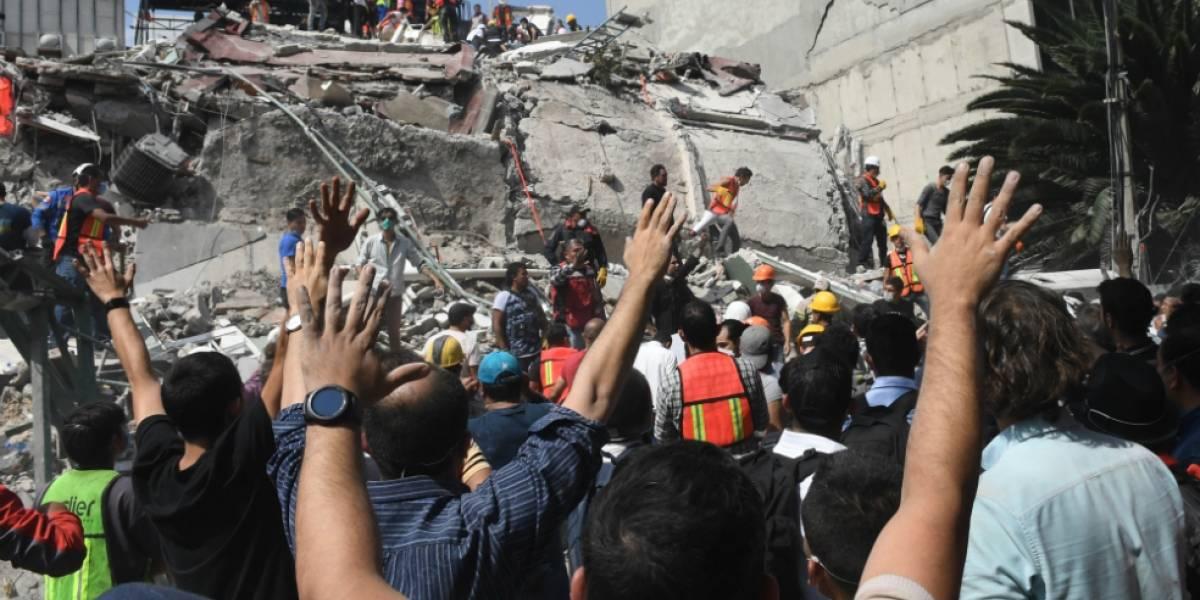 Telmex, Telcel y AT&T liberan llamadas y datos tras terremoto en México