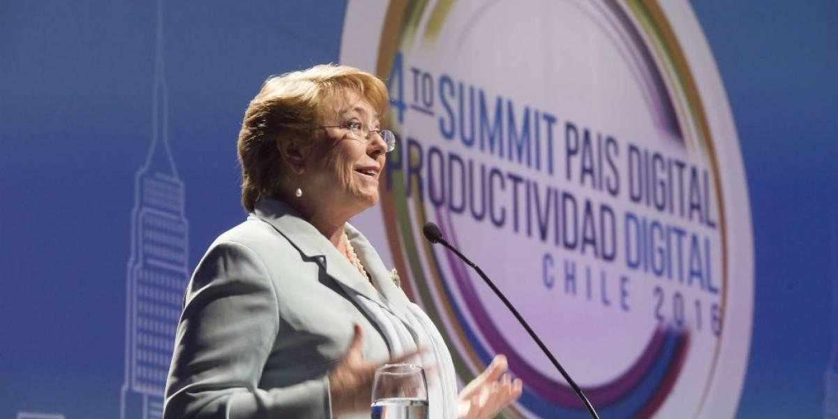 """Presidenta Michelle Bachelet en Summit 2016: """"Chile debe ser parte de la revolución digital"""""""