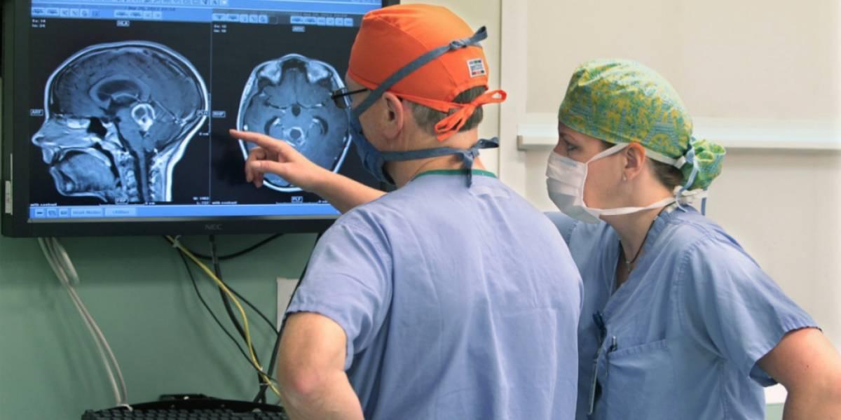 Este bisturí inteligente puede localizar tumores cerebrales en menos de un segundo