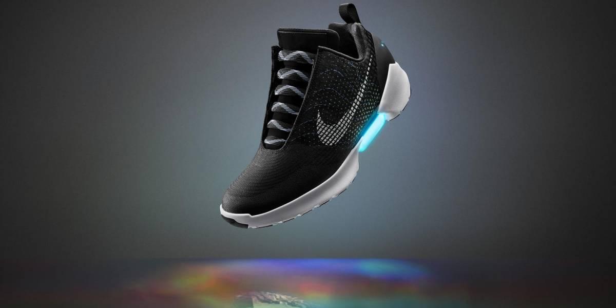 Las zapatillas de Volver al Futuro que se atan solas ya tienen fecha de estreno