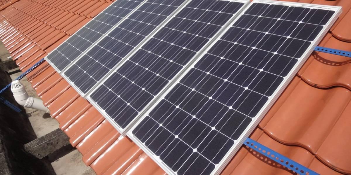 El estado de California regala paneles solares a gente de bajos recursos