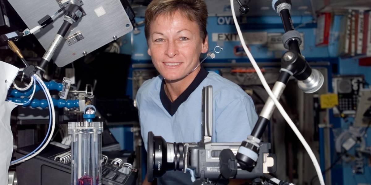 Peggy Whitson se transformará en la mujer de más edad en realizar una caminata espacial