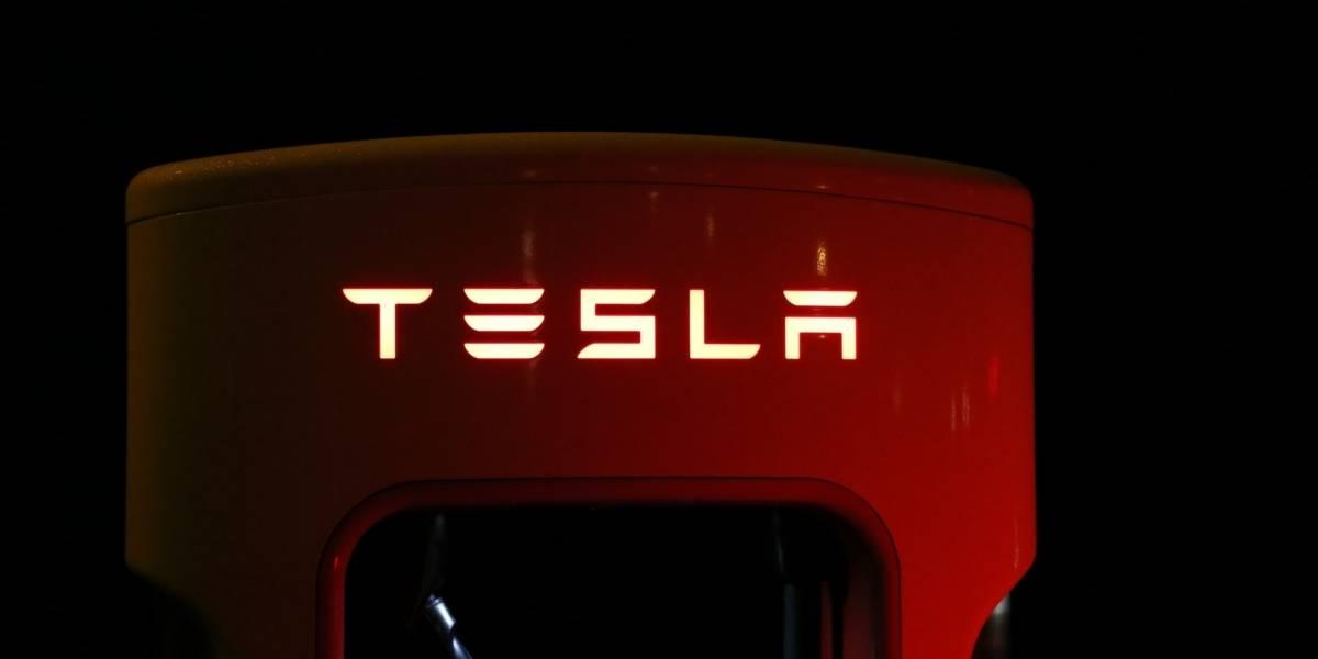 Elon Musk dice que su chip de inteligencia artificial será el mejor del mundo