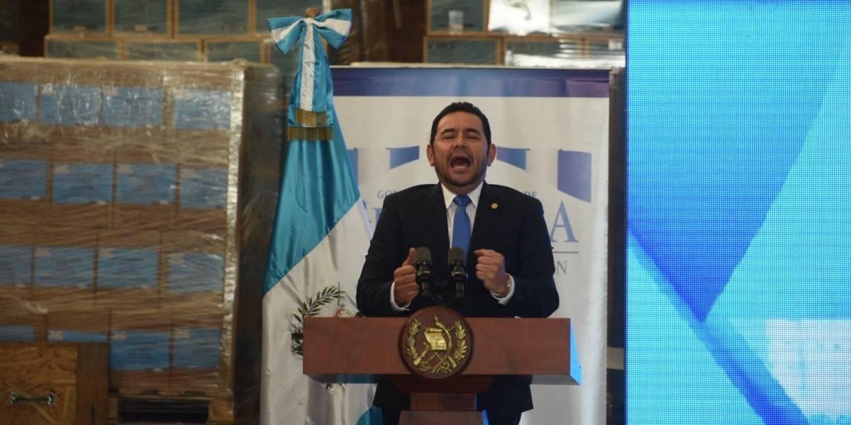 Morales justifica que no debe pagar regalos con su salario