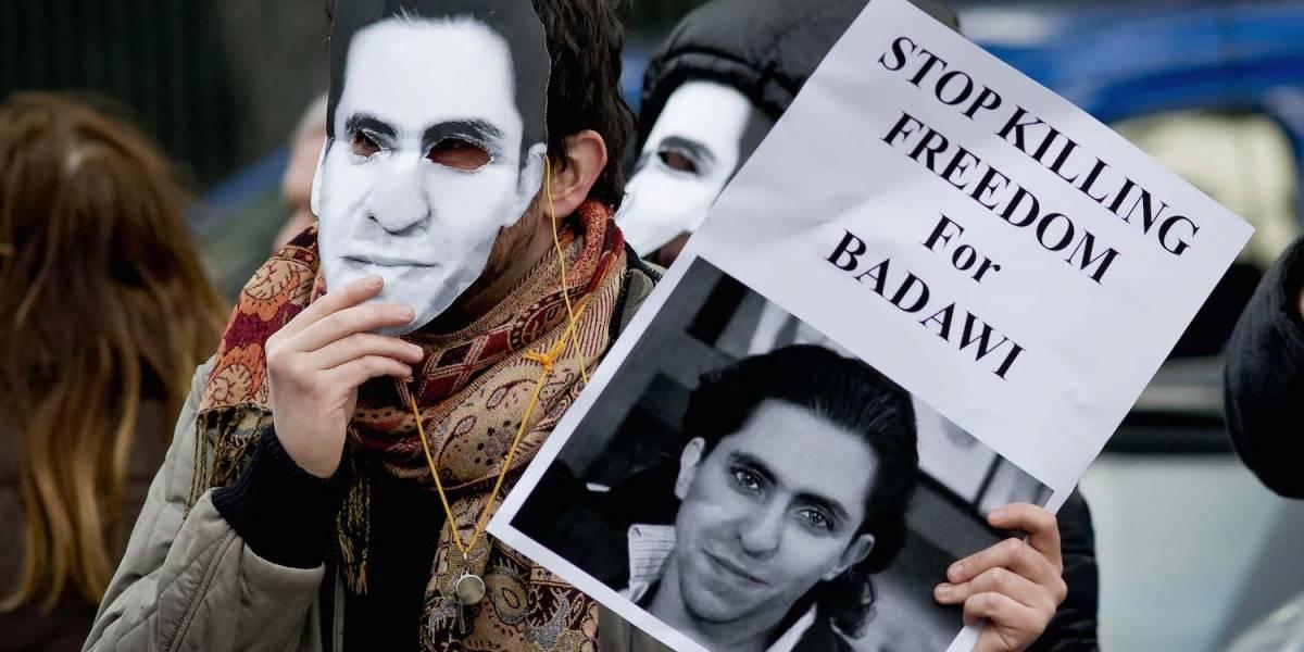 El blogger saudí Raif Badawi recibirá 1.000 latigazos por crear un foro