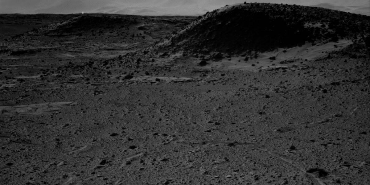Curiosity fotografió una piedra brillante en Marte
