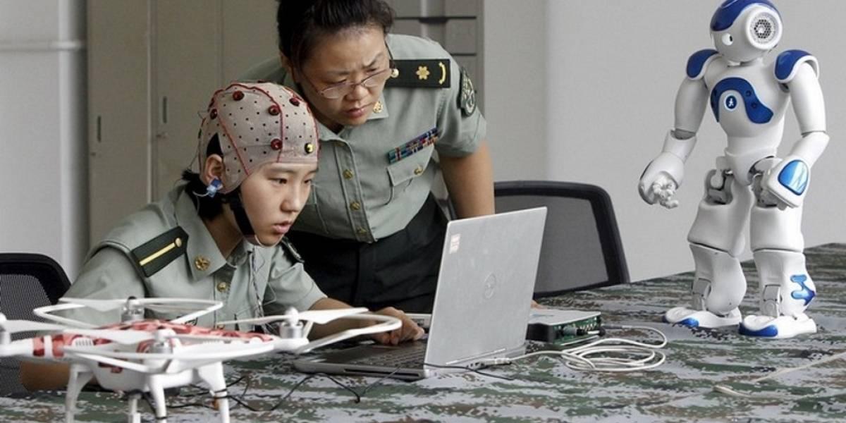 Los futuros robots militares chinos serán controlados por la mente de un comandante