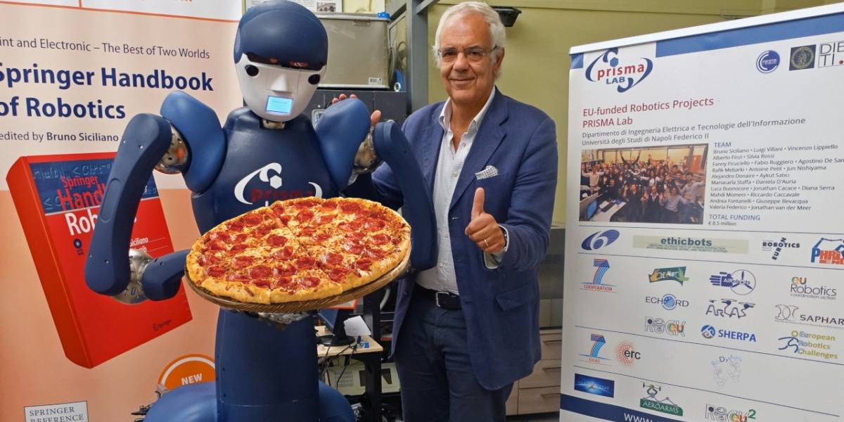 Italianos ya casi terminan su robot que prepara pizzas