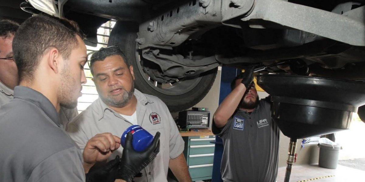 UPR de Carolina abre taller de mecánica para dar servicio a la comunidad
