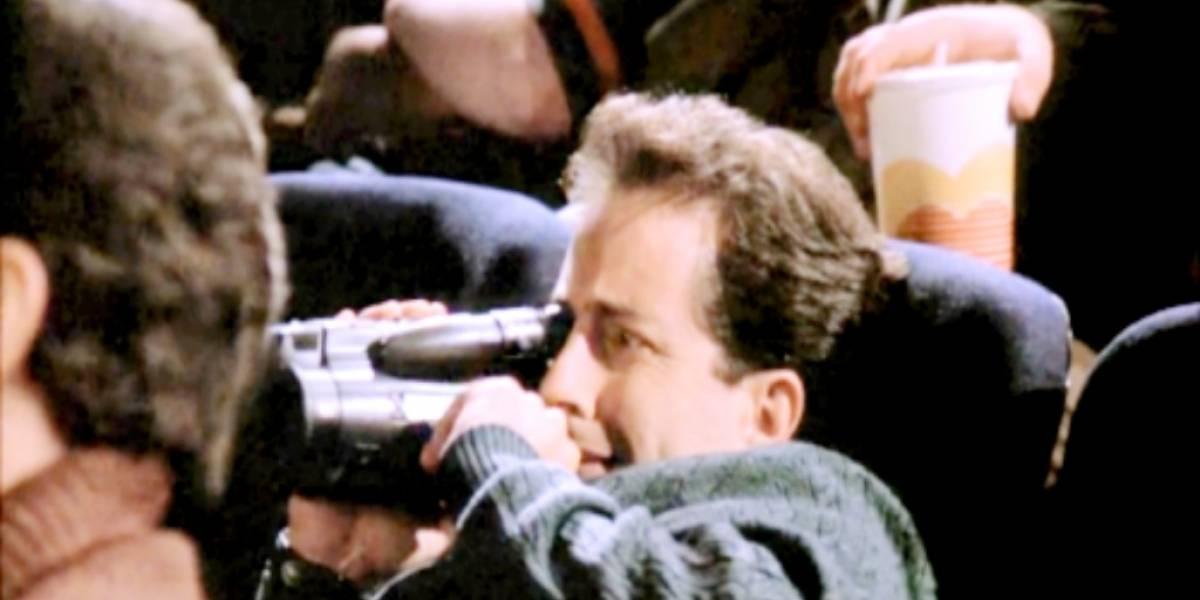 Joven es atrapado transmitiendo película desde el cine vía Facebook Live